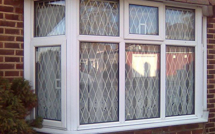 home window gates